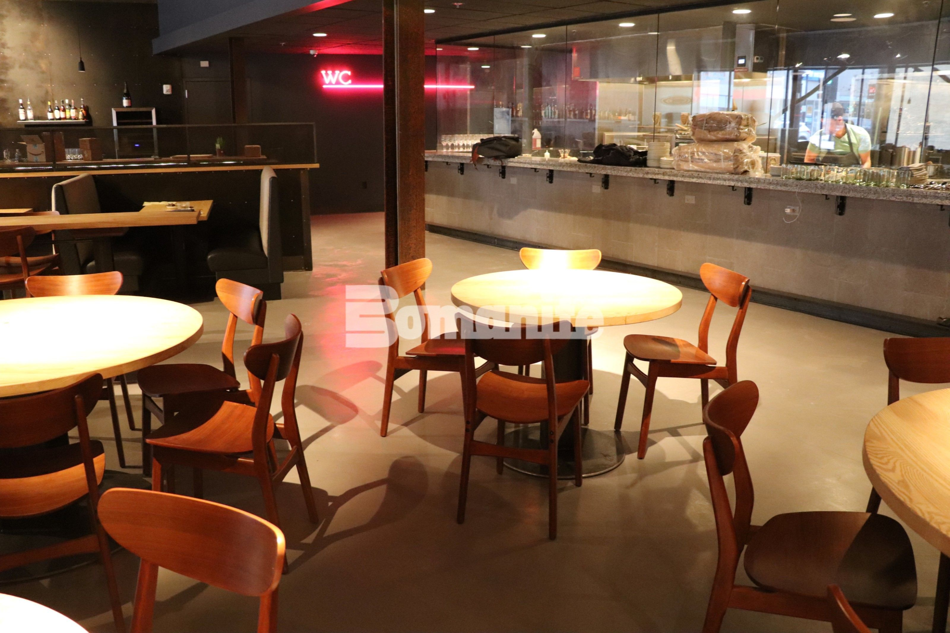 Elmwood Restaurant in the St. Louis suburb of Maplewood, MO, features both an open-yet-closed kitchen and Bomanite Topping Systems Micro Top decorative concrete flooring installed by Bomanite Licensee Mussleman and Hall.