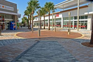 Circular view of Bomanite Imprint Systems Bomacron decorative concrete at the Tanger Outlets in Daytona, FL, installed by Bomanite Licensee Edwards Concrete located in Winter Gardens, FL.